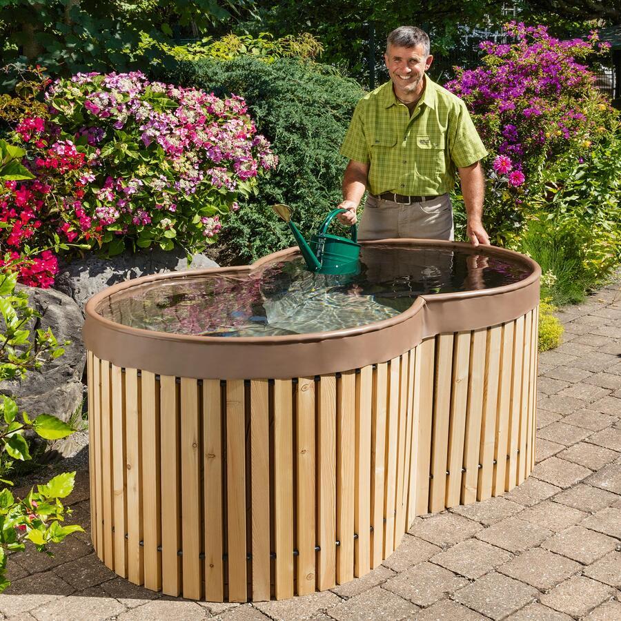 bauernbrunnen bauernbrunnen regenwasser sammeln. Black Bedroom Furniture Sets. Home Design Ideas